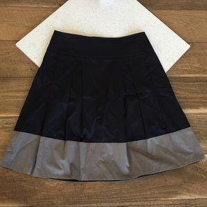 Vince A line colorblock navy gray skirt size 10